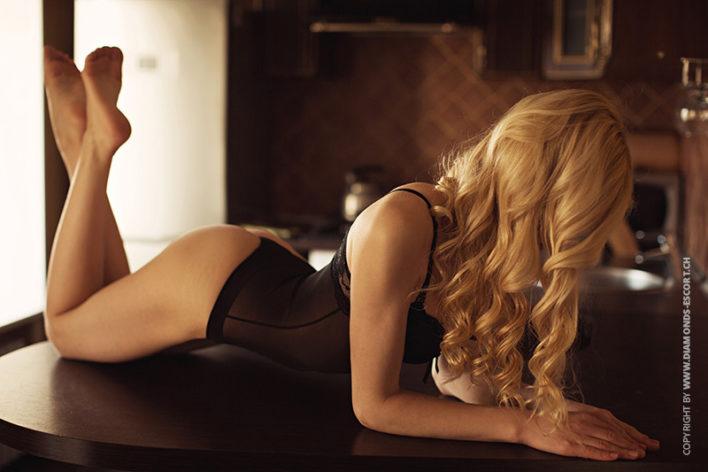 sandra-luxury-escort-lady-zurich