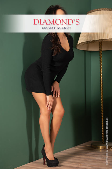 sabrina-luxury-escort-lady-zurich