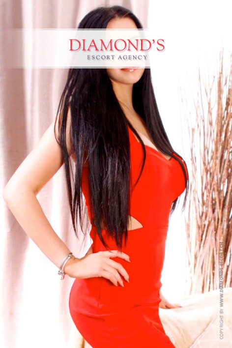 Linda elite-escort-girl-basel-bern