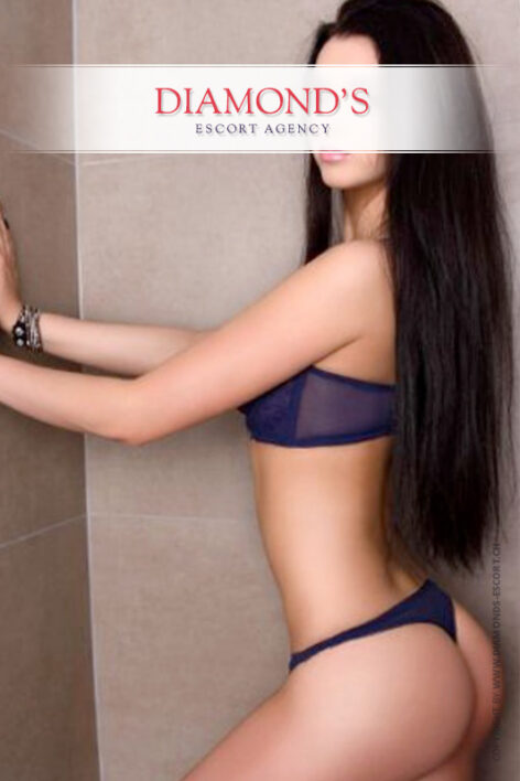 Linda high-class-escort-model-basel