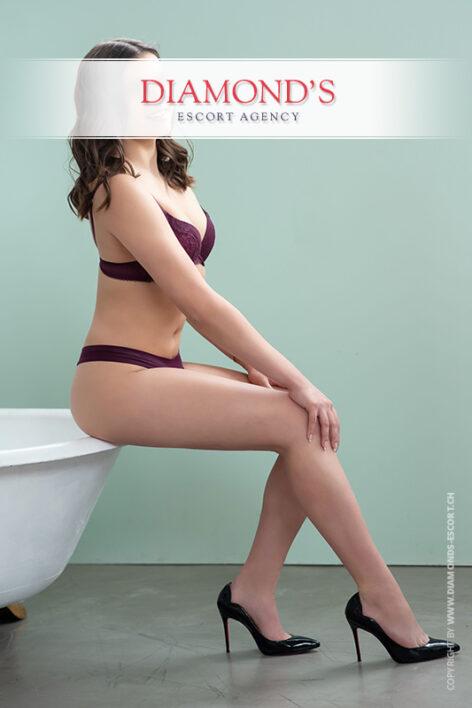 Luana luxury-escort-lady-zurich