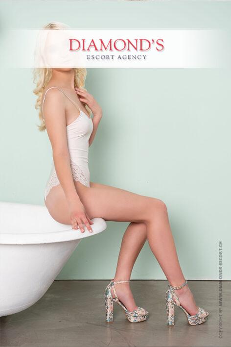 louisa luxury-escort-lady-zurich